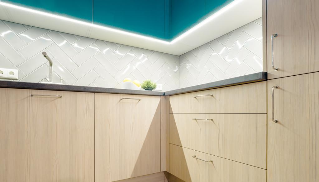 Virtuves dizains jaunā dzīvoklī | Albero Mēbeles