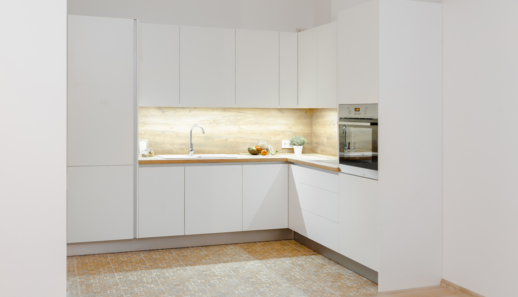 Baltas virtuves mēbeles Mārupē | Albero Mēbeles