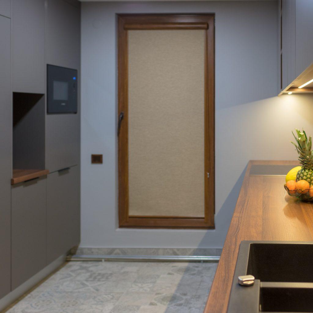 Virtuve iecienītajā pelēkajā krāsā | Albero Mēbeles