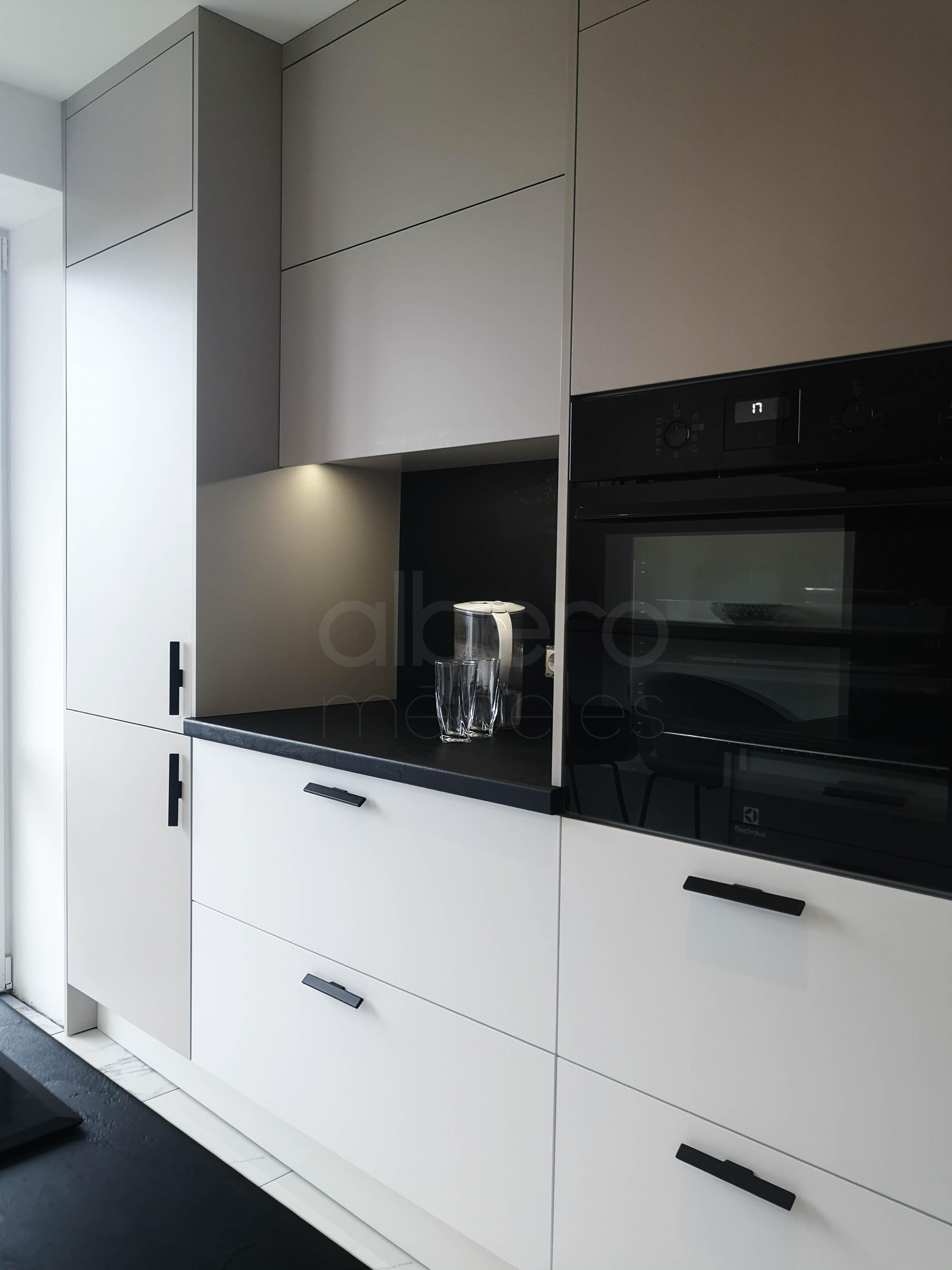 Modernas virtuves iekārtas   Albero Mēbeles