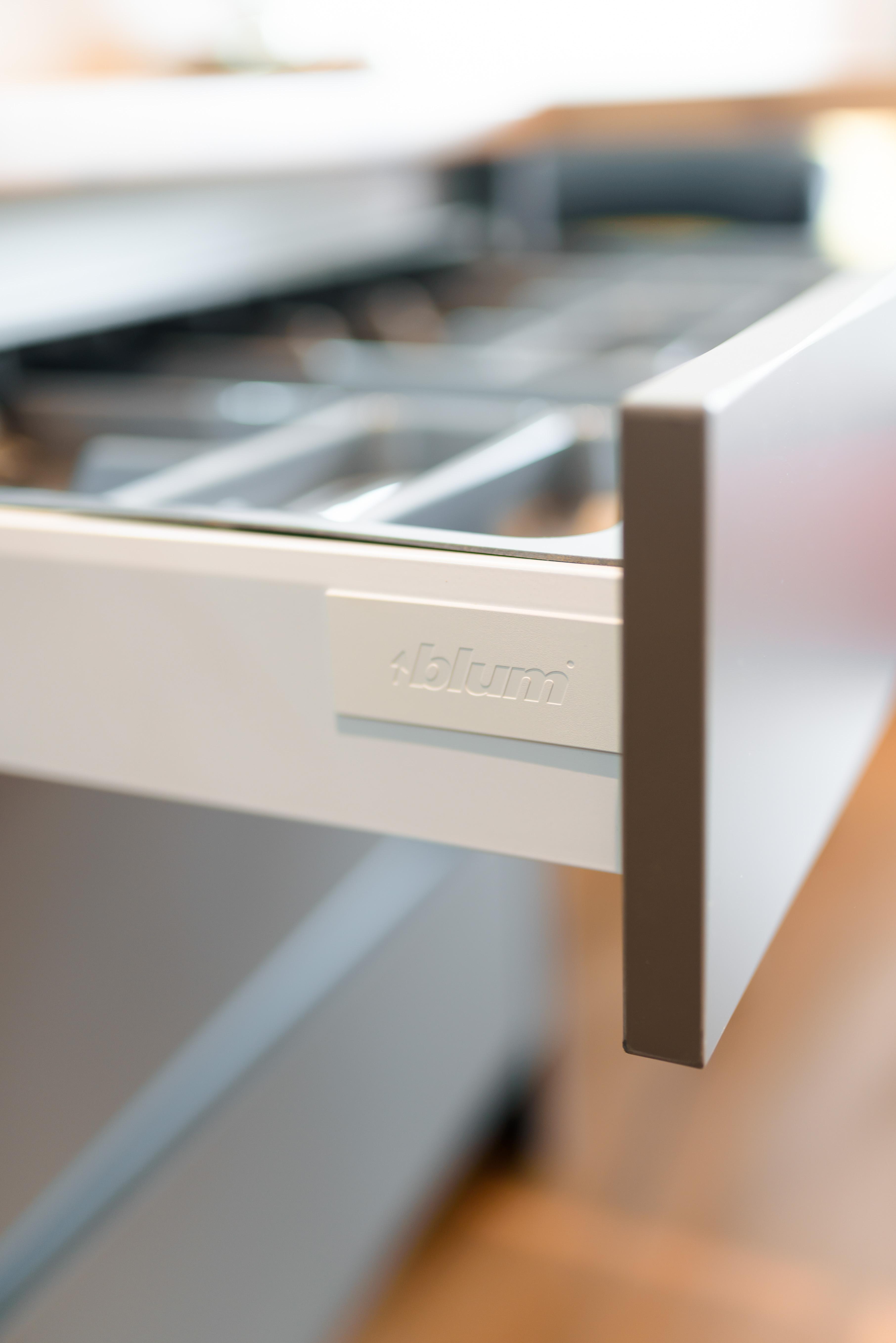 Virtuves mēbeles un Blum furnitūra | Albero Mēbeles