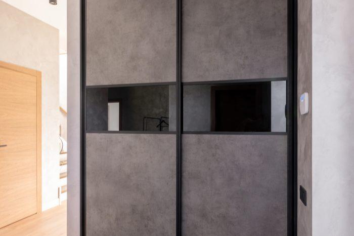 bīdāmo durvju sistēma | alberomebeles.lv